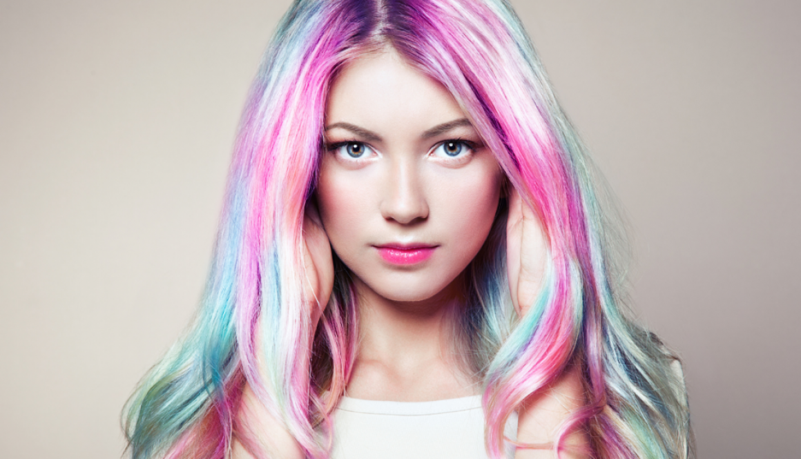 A picture of a colored hair woman